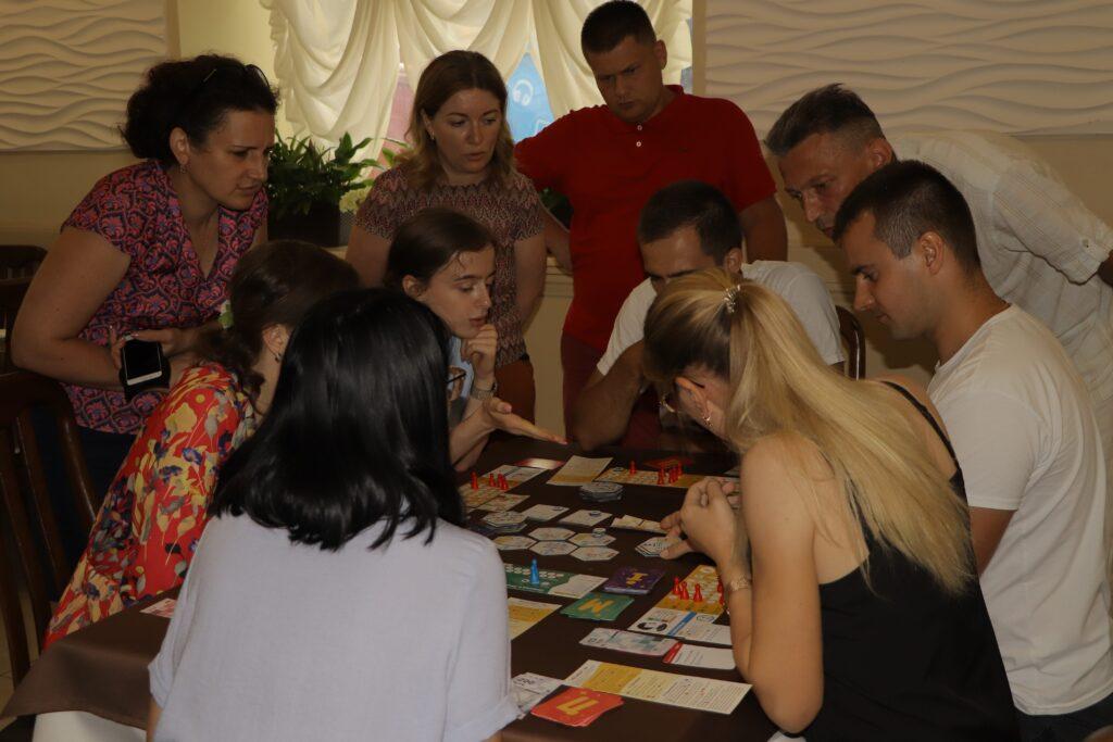 img 1729 1024x683 - Дубенська молодь вчилася взаємодіяти з владою за допомогою гри