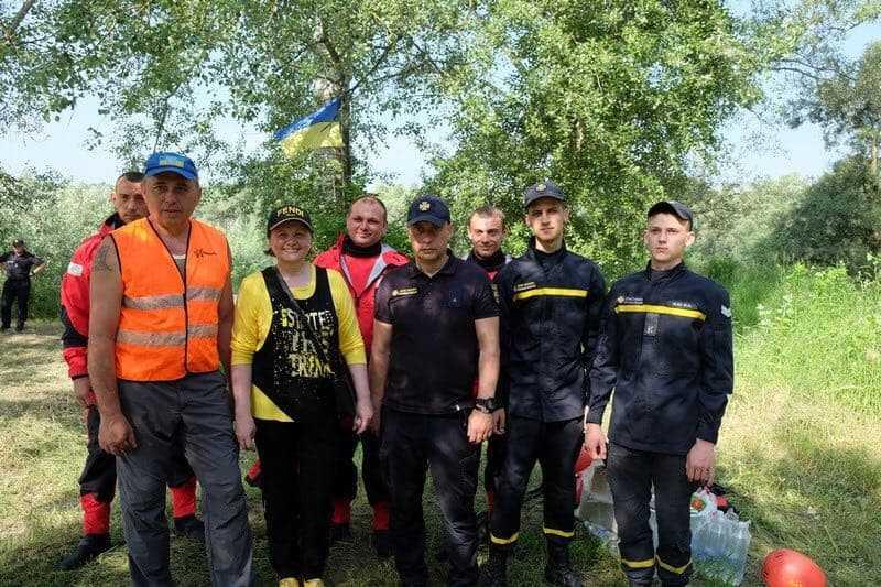 sprut 3 - «Новоселиця-Спрут» – громадська організація з Буковини, яка виросла із волонтерства та гуртка з водного туризму