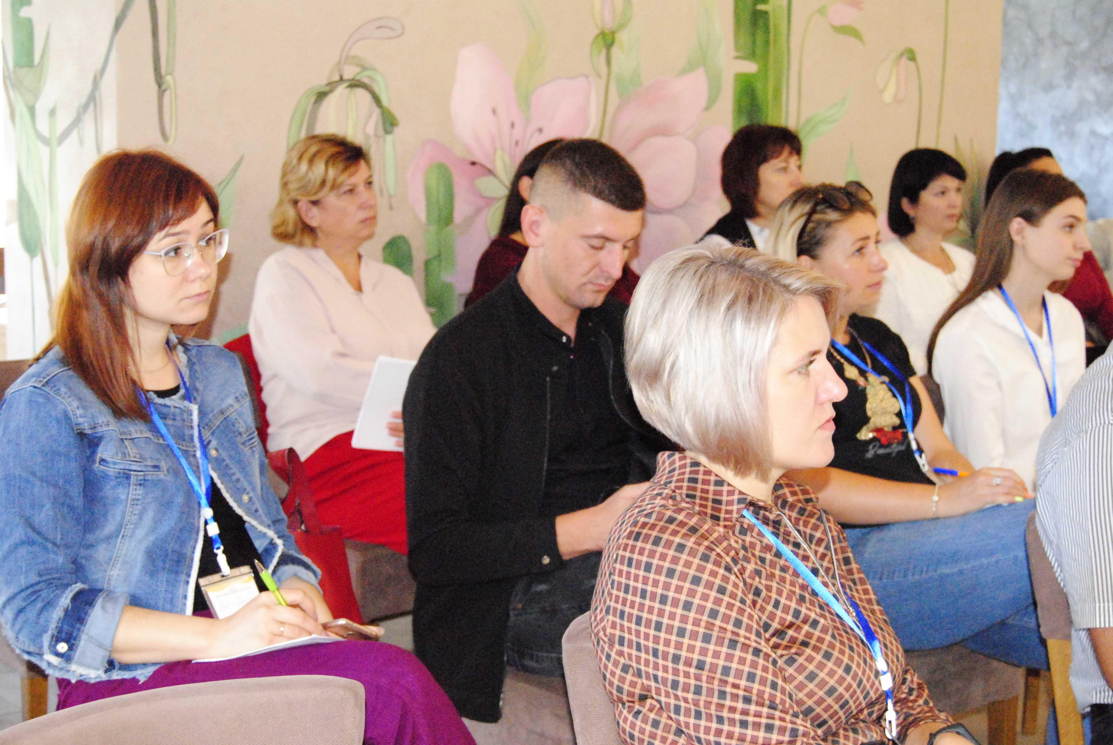 dsc4524 - Проєктний менеджмент вивчали й активісти, й посадові особи громад з Чернівецької області